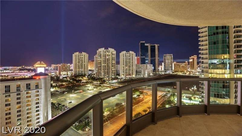 322 Karen, Las Vegas, Nevada 89109, 2 Bedrooms Bedrooms, 6 Rooms Rooms,2 BathroomsBathrooms,High Rise,For Sale,Karen,30,2204931